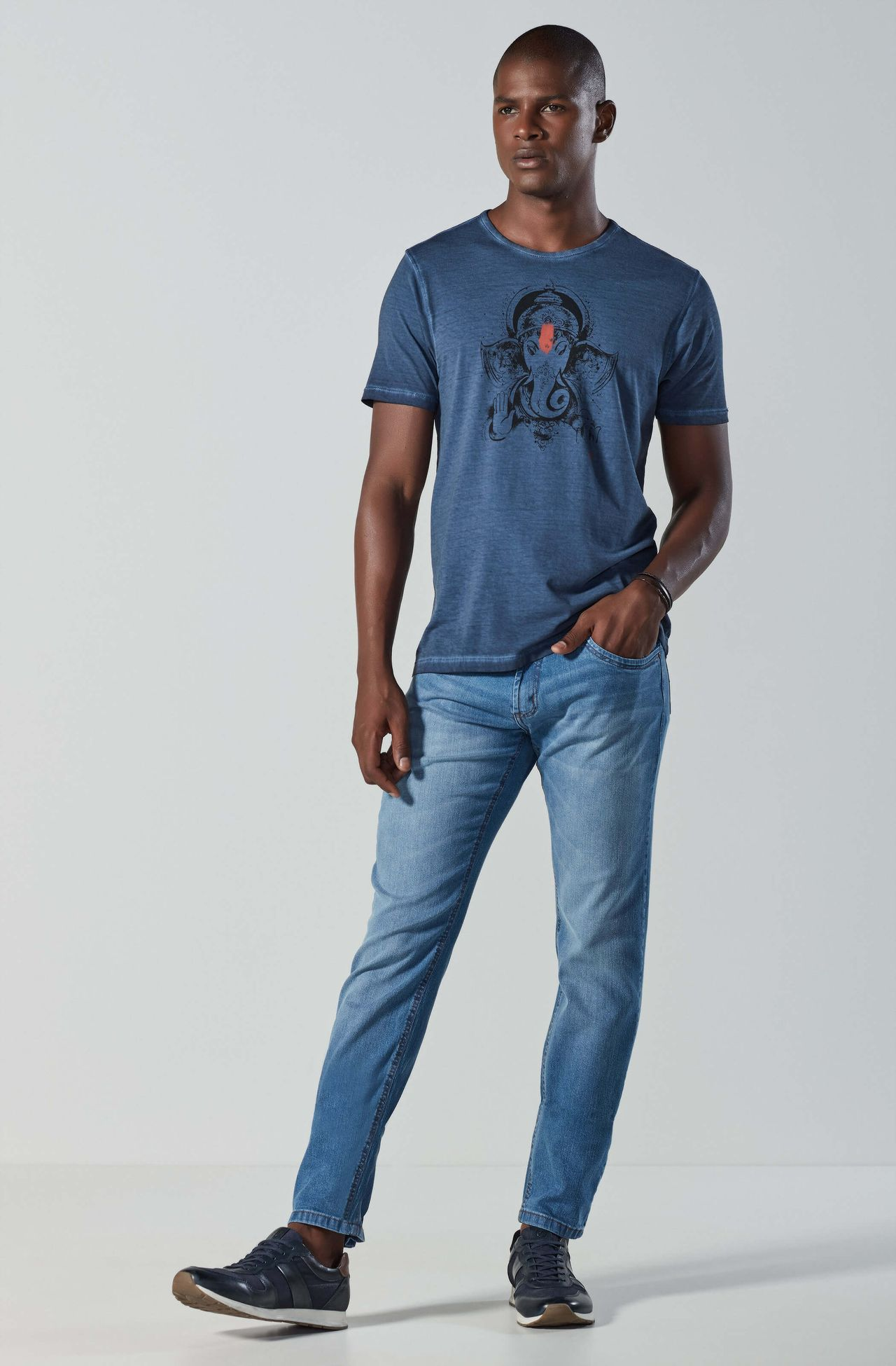 4246BCZ00021_585_2-CALCA-JEANS-DESTROYED-BASIC-FIT