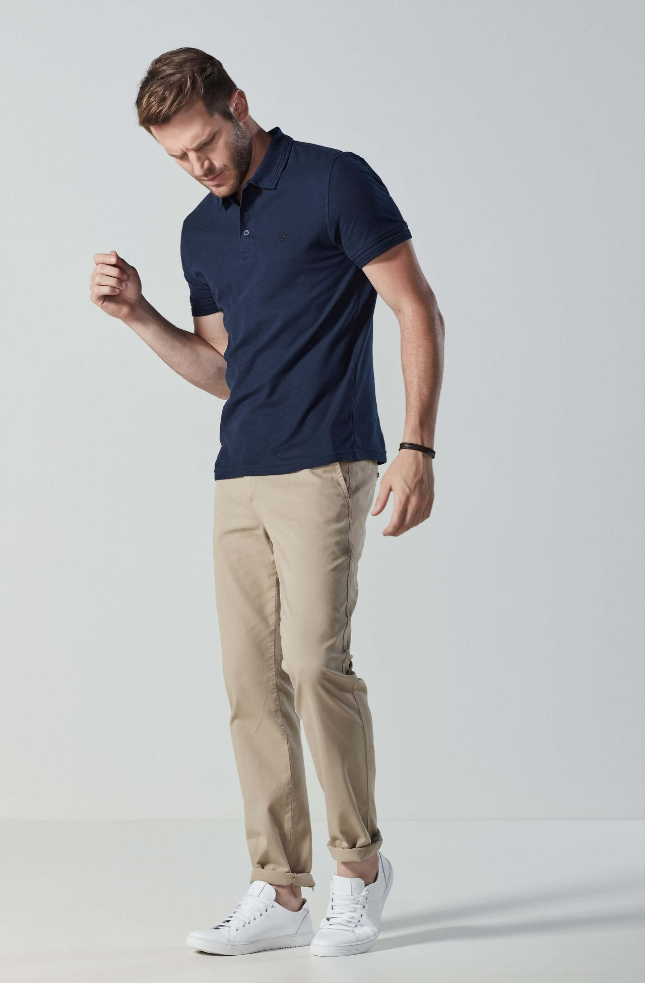 4042UCZ00004_720_2-CALCA-CHINO-EM-SARJA-SLIM-FIT