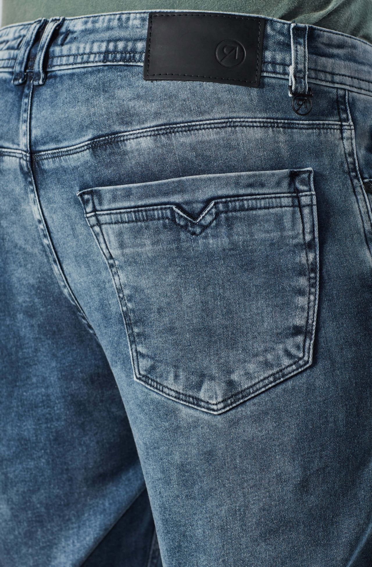 4346NCZ00020_585_4-CALCA-JEANS-DESTROYED-LOW-RISE