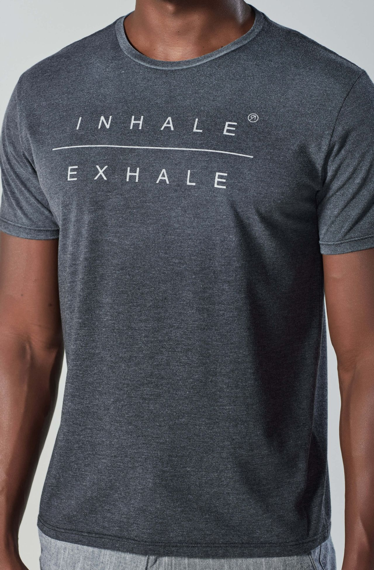 8353CCZ00029_985_3-TSHIRT-MC-INHALE-EXHALE