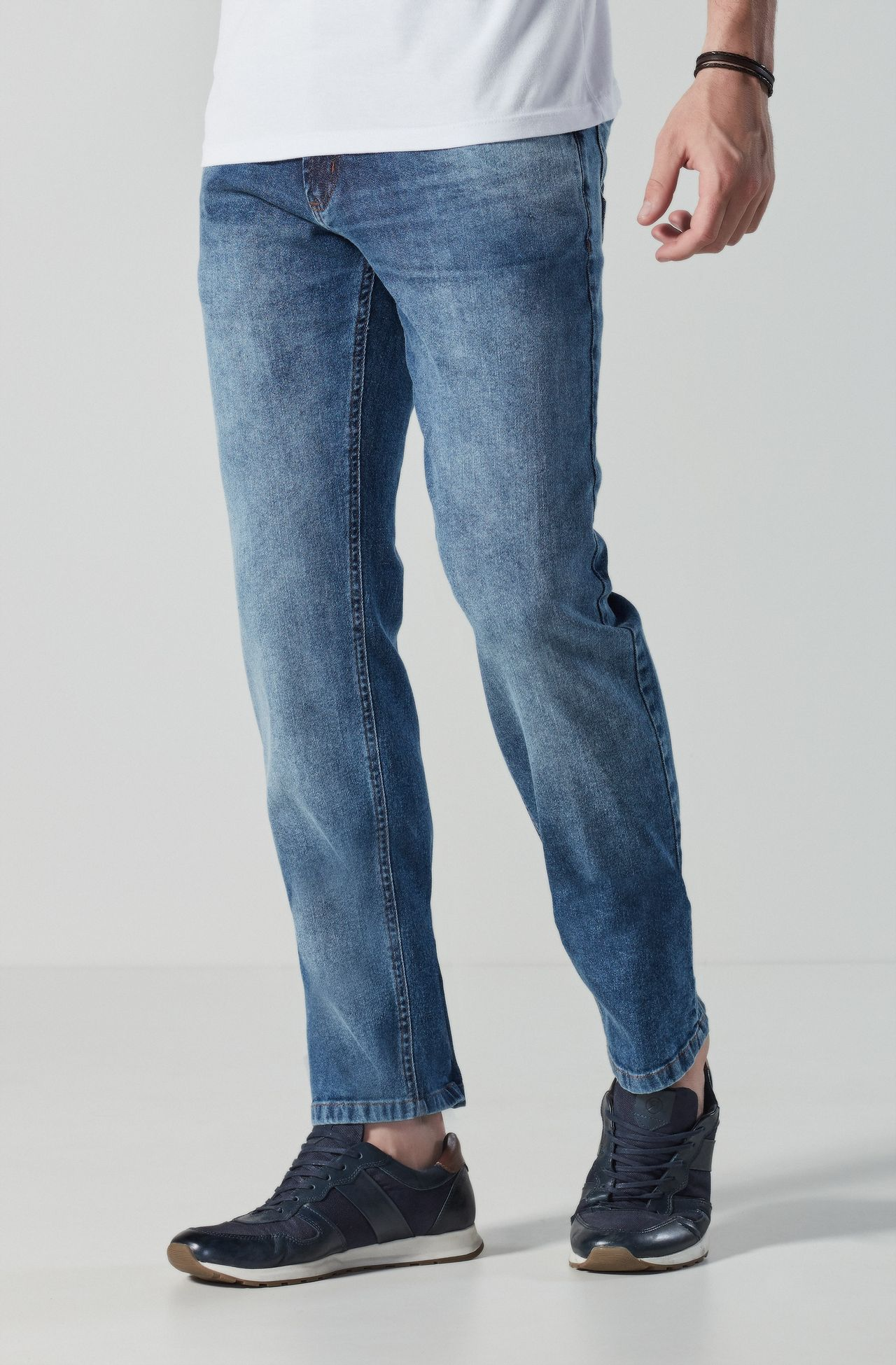 4246BCZ00029_590_1-CALCA-JEANS-DESTROYED-BASIC-FIT
